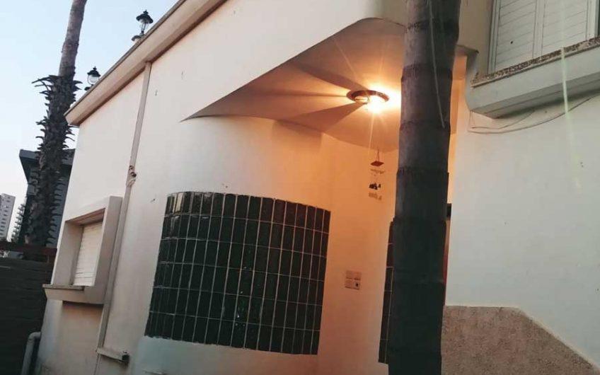בית למכירה בגני תקווה