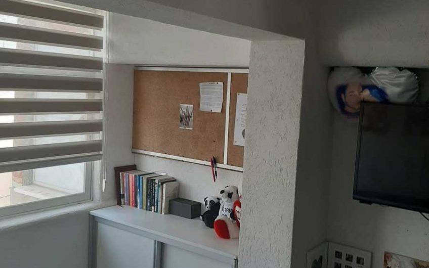 דירת 7 חדרים למכירה בלוד